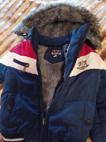 зимние развлечения в Азербайджан: Зимняя куртка на мальчика,3-4 года. Б/у в хорошем состоянии . 10 ман