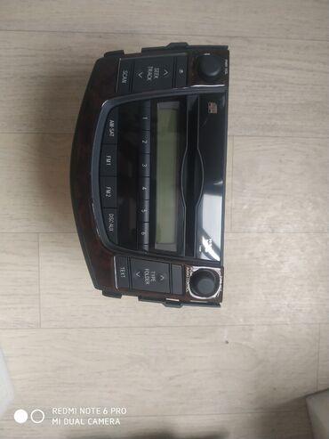 Продаю родную Авто Магнитолу от Тайоты Рав 4 2008г.в (американец)