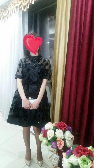 Продаю платье двойка!Цвет:черный!Размер:М Обращаться по номеру: в Бишкек