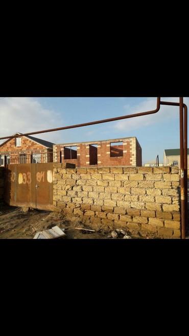 əmlak ev alqı satqısı - Azərbaycan: Sumqayit şeheri yaşil dere qesebedinde 3 otaqli ev kukna hamam tualet
