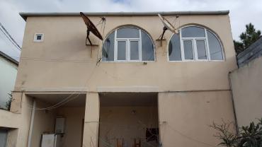 qaracuxurda ev satilir - Azərbaycan: Satış Evlər mülkiyyətçidən: 300 kv. m, 5 otaqlı