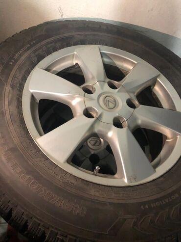 купить диски на ниву бу в Кыргызстан: Продаю диски с зимней шипованной резиной на Lexus LX570 Рестайлинг