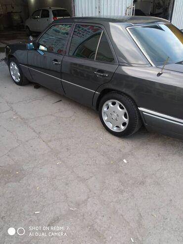 Mercedes-Benz W124 3 л. 1993 | 345678 км