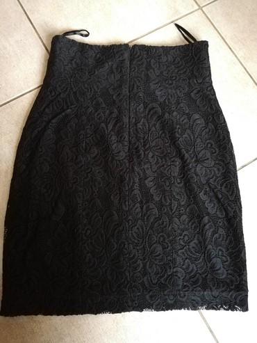 Ženska odeća | Nova Pazova: Nova cipkasta suknja nenosena. Elegantna, savršena uz sako i salonke