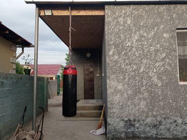 Спорт и хобби - Новопокровка: Боксерская груша. Состояние идеальное. Кожа. 10000