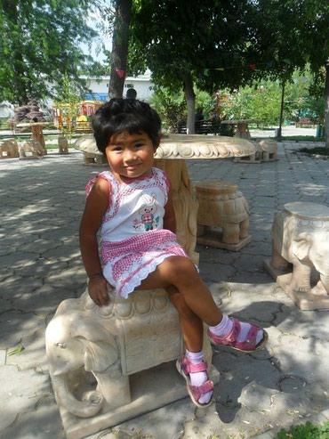 Продаю платье детское в Бишкек