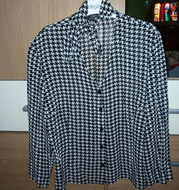 Ženska odeća | Loznica: Bluza lanena, velicina M