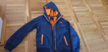 Dečije jakne i kaputi | Subotica: Hm jakna za dečake za prelazni period vel. 158/164 u odličnom stanju