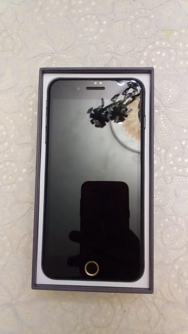 Apple Iphone Xırdalanda: İphone 8 plus 256 gb Xanım telefonu olub hecbir problemi yoxdur butun