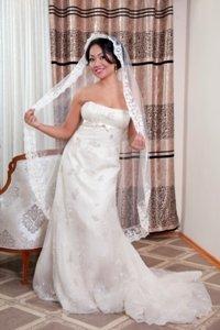Свадебное платье на прокат 3000, продажа 5000. В подарок фата+туфли+ук в Бишкек