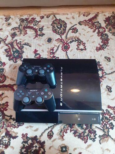 Playstation 3 ideal veziyyetde evde oynanilib bez problem whatsapp var