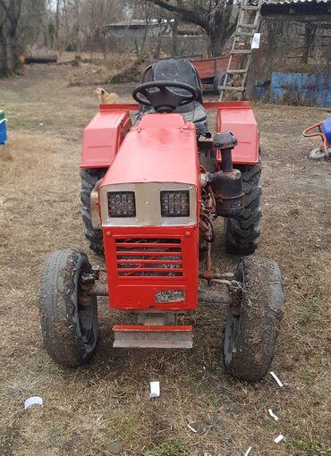 kabloklu traktor altlıqlı bosonojkalar - Azərbaycan: Traktor Xinta 180Ela veziyyetdediril 19942 silindrlidirSatilir 2 dene