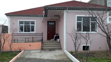 Bakı şəhərində Satış Evlər : 3 kv. m., 4 otaqlı