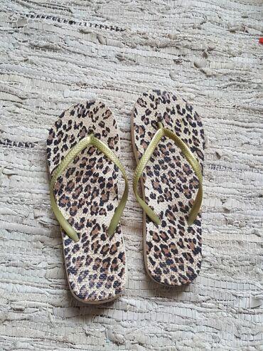 Papuce 38.39