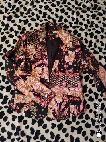 Новый пиджак от фирмы села, 42-размер новая