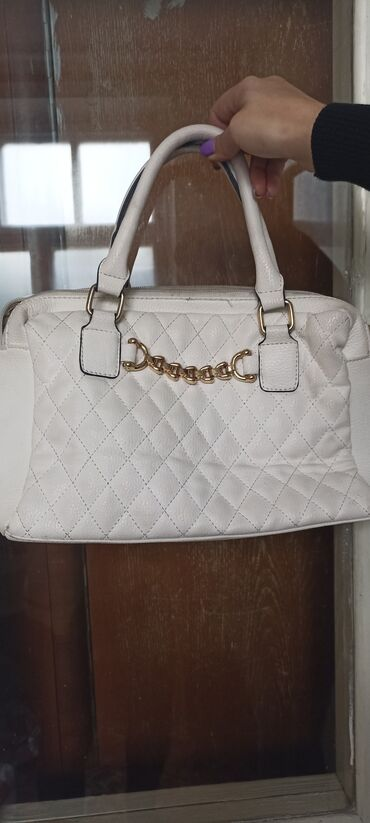 1161 объявлений | СУМКИ: Нарядная белая классическая сумочка.ватс ап (+)вика
