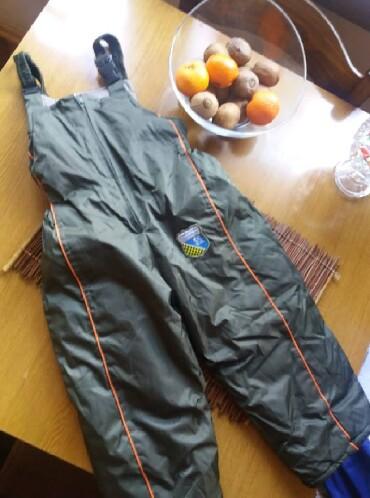 Dečija odeća i obuća | Kraljevo: Za 3/4 godinice, kao nove ski pantalone. Tople i nepromocive