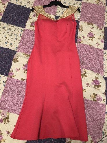 льняные вязаные платья в Кыргызстан: Все 4 платья за 1600 сом. Новое и б/у. Размер М