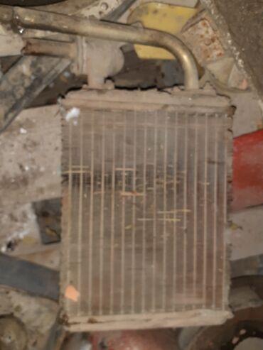 Vaz 2106 bronza radiator