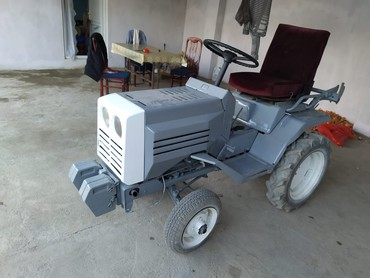 Kənd təsərrüfatı maşınları - Xaçmaz: T-12 mini traktor. 4 Aqreqatnan bir yerde. Tr saz vezyetdedi hec bir