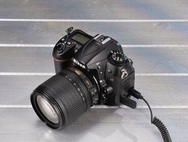 Nikon D7000 в хорошем состоянии. Полная комплектация. Торг уместен