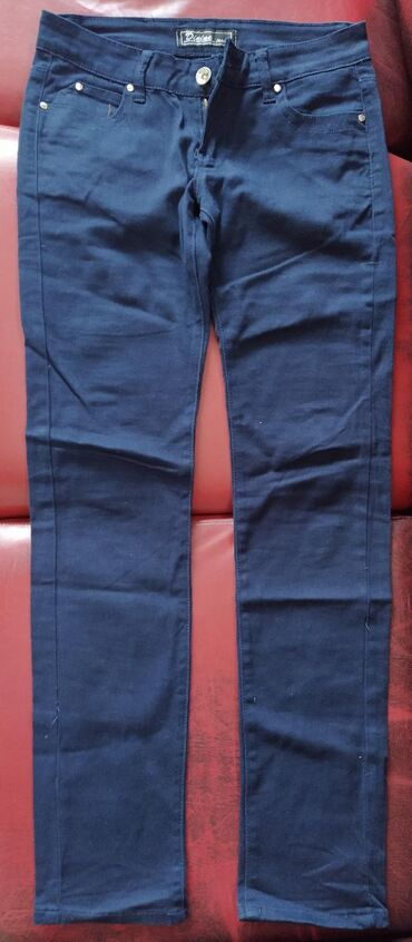 Zenske pantalone, broj 36