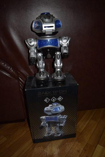 Робот Электрон в хорошем состоянии почти  новый в Бишкек