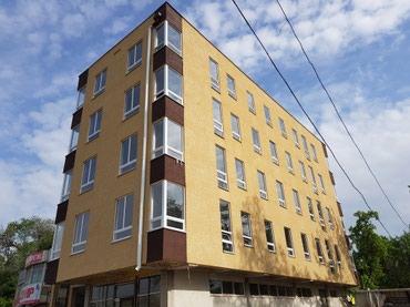 Сдаю 1 этаж 96 м2; 2 входа под магазин, в Бишкек
