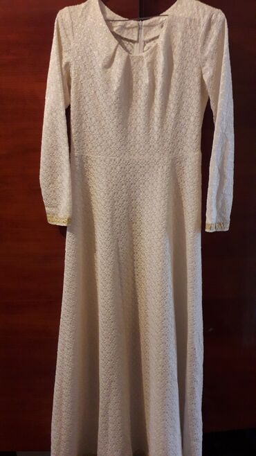 Платье для никяха с накиткой, можно и на поседневку. Свободного кроя