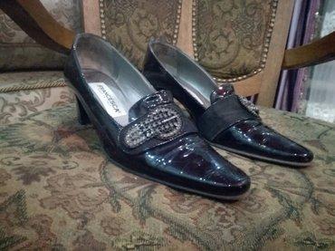 Лакированные Итальянские туфли.38 размер.Очень изящные.Каблучок-5 см в Бишкек