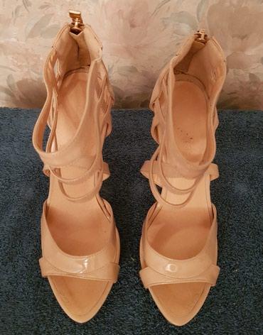 замшевые туфли бежевого цвета в Кыргызстан: Туфли, размер 35-36, цвет бежевый, б/у