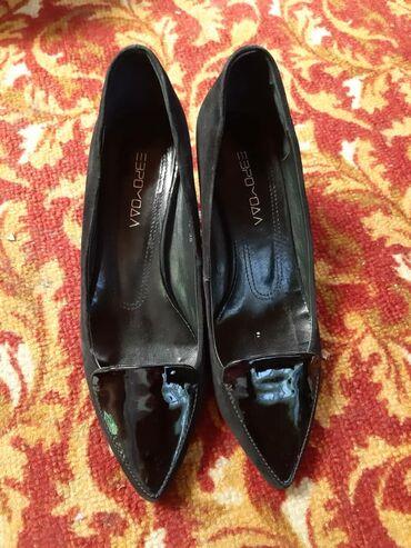 Туфли от евро моды. на размер 36-37 подходит. в хорошем состоянии