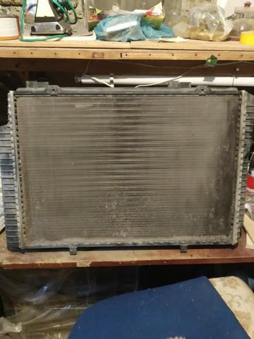 ceşka - Azərbaycan: Su radiatoru ceşka e200 modelin ustunden cixib. Bogaz hissesinde qopan