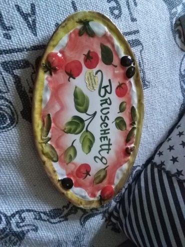 Ovalni tanjir hand made Italy,ko se razume I ko voli nek izvoli - Sombor