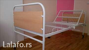 Metalni bolnicki krevet star tri meseca - Batajnica