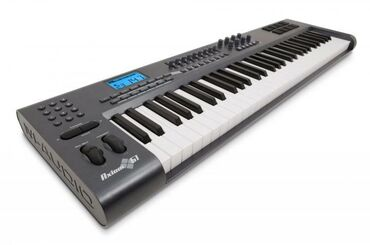 "MIDI-клавиатура от американского бренда ""M-audio""•Модель: Axiom 61"