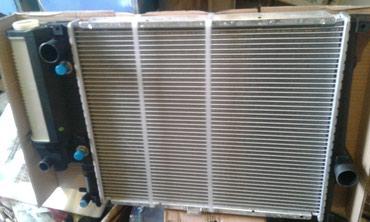 Радиатор на Бмв е34 с кондером е 39 в Бишкек