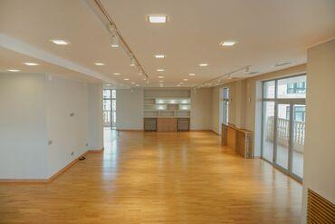 Продается квартира: 5 комнат, 580 кв. м