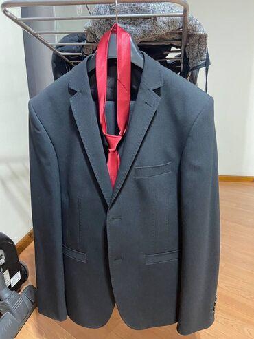 Продаю костюм: пиджак + брюки + красивый галстук в подарокРазмер 52