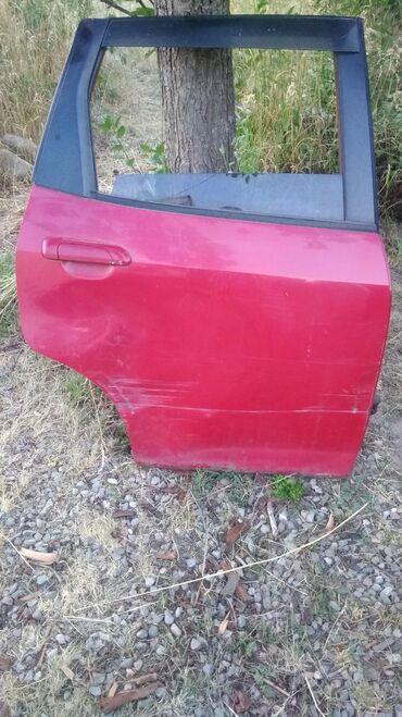 Транспорт - Таш-Мойнок: Продаю дверь (пр) Хонда фит под рихтовку и покрас. Все механизмы на