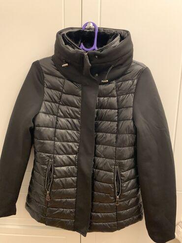 Kratka crna ženska zimska jakna, veličina L, NOVO. Jakna je nova