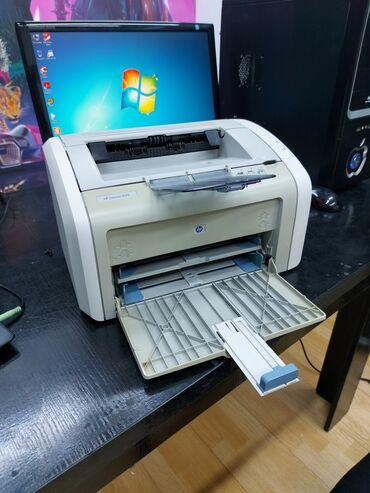 Лазерный принтер.HP LaserJet 1020.Идеальное состояние.Полностью
