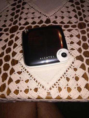 Alcatel-onetouch-s850 - Srbija: Alcatel telefon radi ok nigde ogreban uz njega punjac slusalice i usb