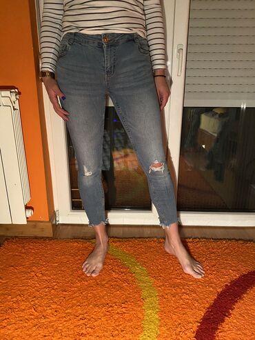 Pink jeans farmerke - Srbija: New Yorker farmerke, jednom nošene, vel. 28