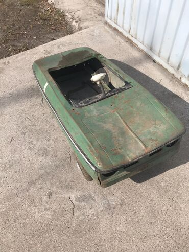 Продаю детскую педальную машинку.Производство СССР. Цена окончатель