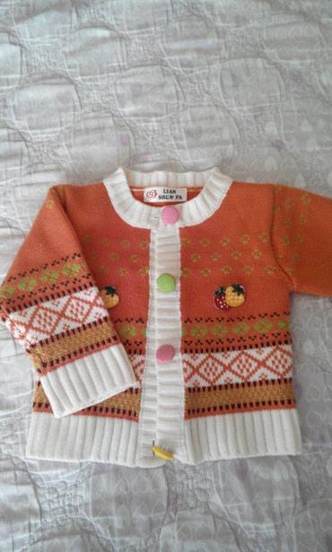 Тёплая кофтачка для девочек до 2 лет. в Бишкек