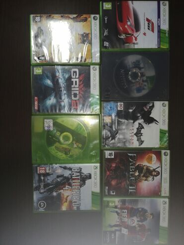 Elektronika - Smederevo: Xbox 360, novija verzija iz 2013. godine. Uz konzolu idu HDMI kabl