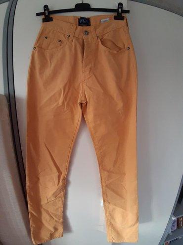Pantalone duboke Broj 28