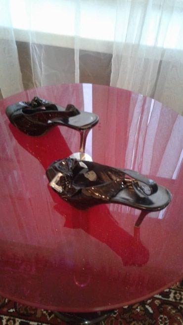 Продаю обувь б/у в отличном состоянии оригинал в Бишкек