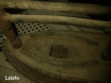 Gəncə şəhərində köhnә limdaş kömürlü dәmir ütü